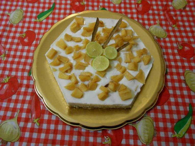 TARTA DE YOGURT Y MEMBRILLO
