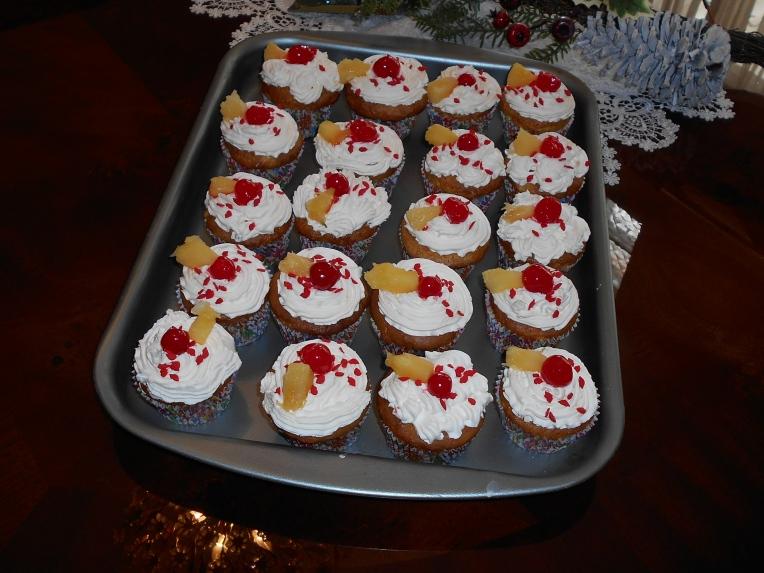 Cupcakes De Crema Y Piña 14 De Febrero De Dulce Y De Mole