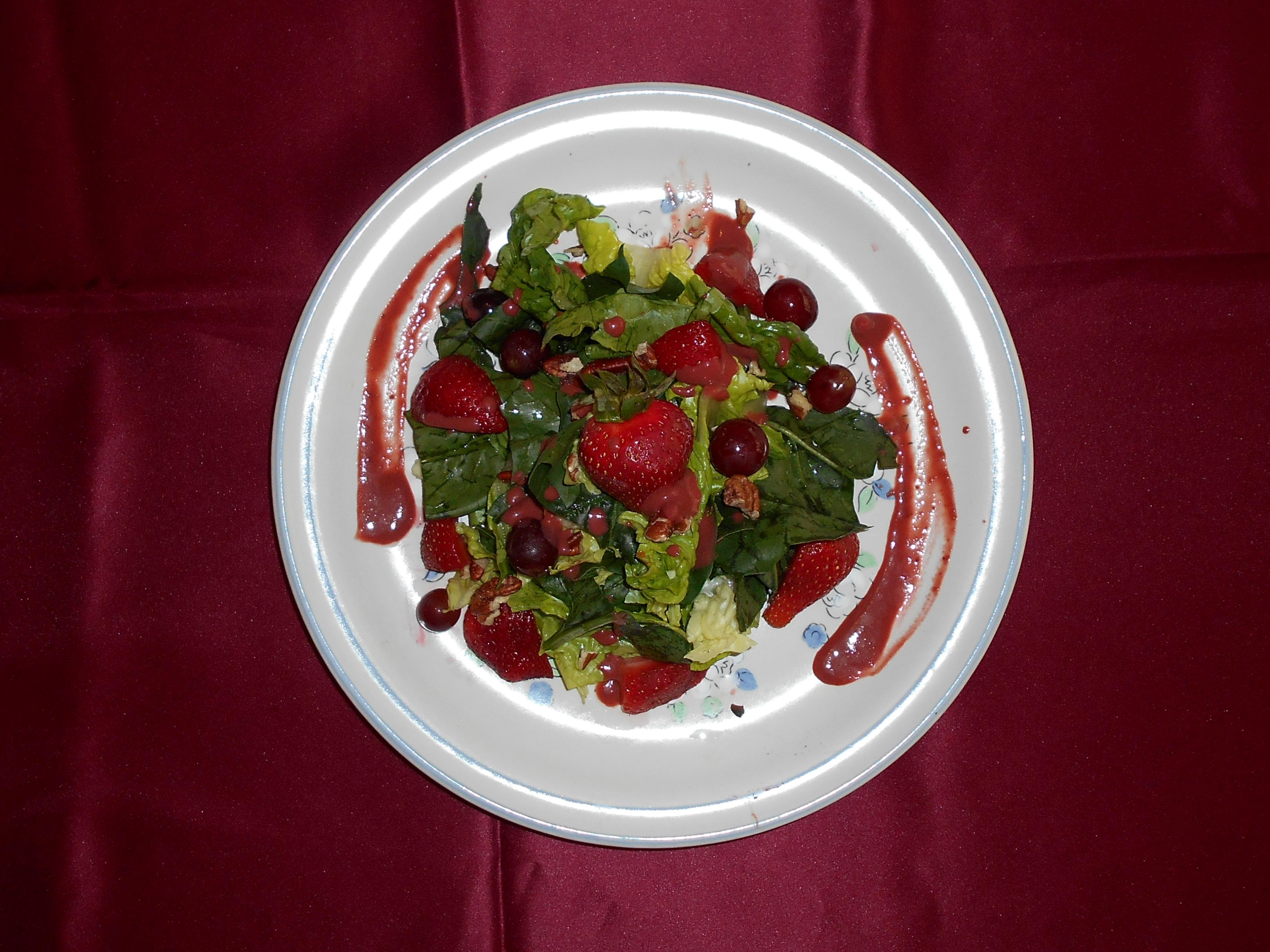 foto de ensalada mixta roja