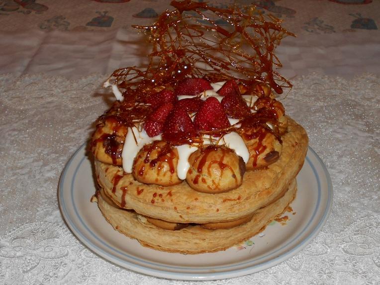 tarta saint honore con fresas foto