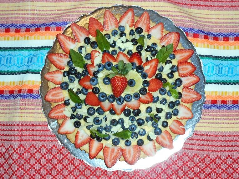 tartaleta de limon y uvas foto